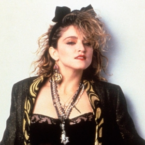 Madonna mit großer Schleife im Haar. Bild aus den 80ern.