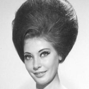 Frisur aus den 50ern: Beehive.