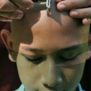 Die buddhistische Haarrasur