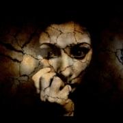 Sie nagen an jedem von uns: die Geister unserer Vergangenheit