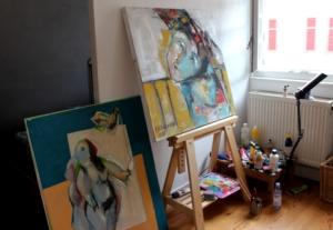 Im wohnungseigenem Atelier